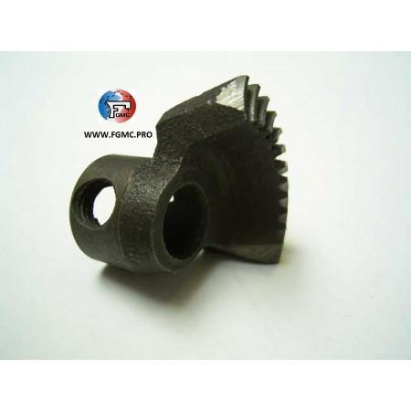 PIGNON 8.7MM TAIWAN MACHINE A COUDRE REF /1130076